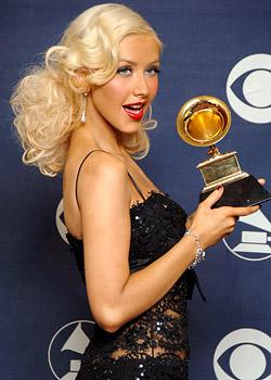 Grammy-Winners2007-ChristinaAguilera2.jpg