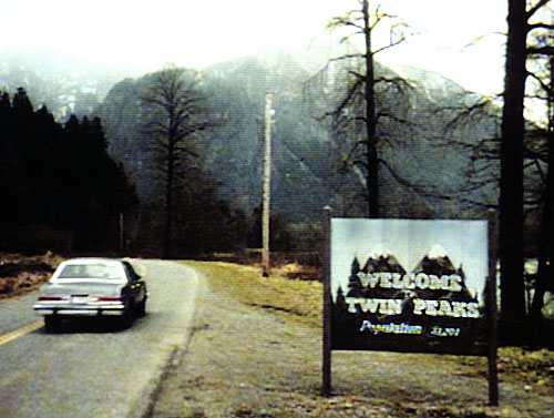 twin-peaks-intro.jpg