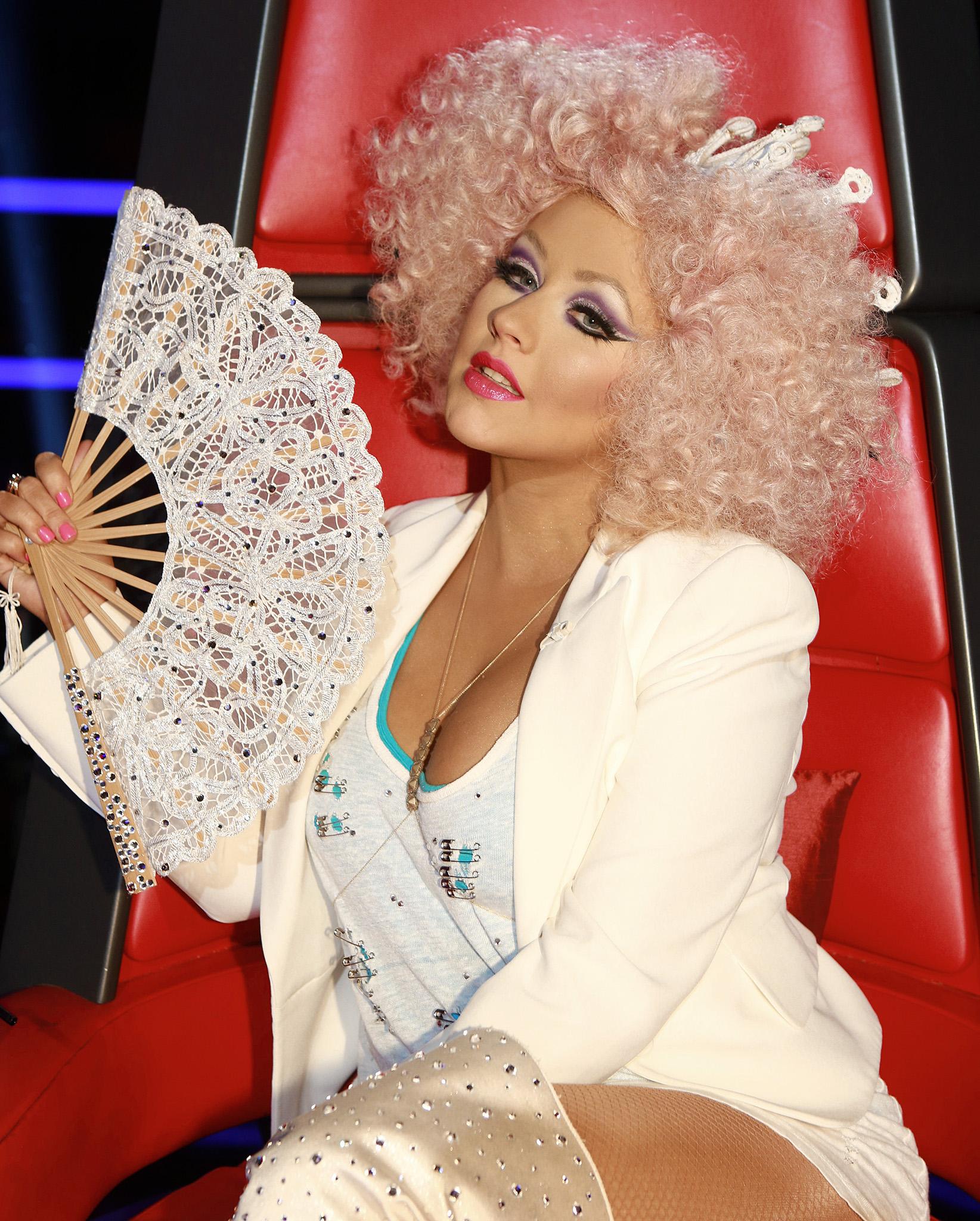 christina-aguilera-the-voice-fashion1.jpg