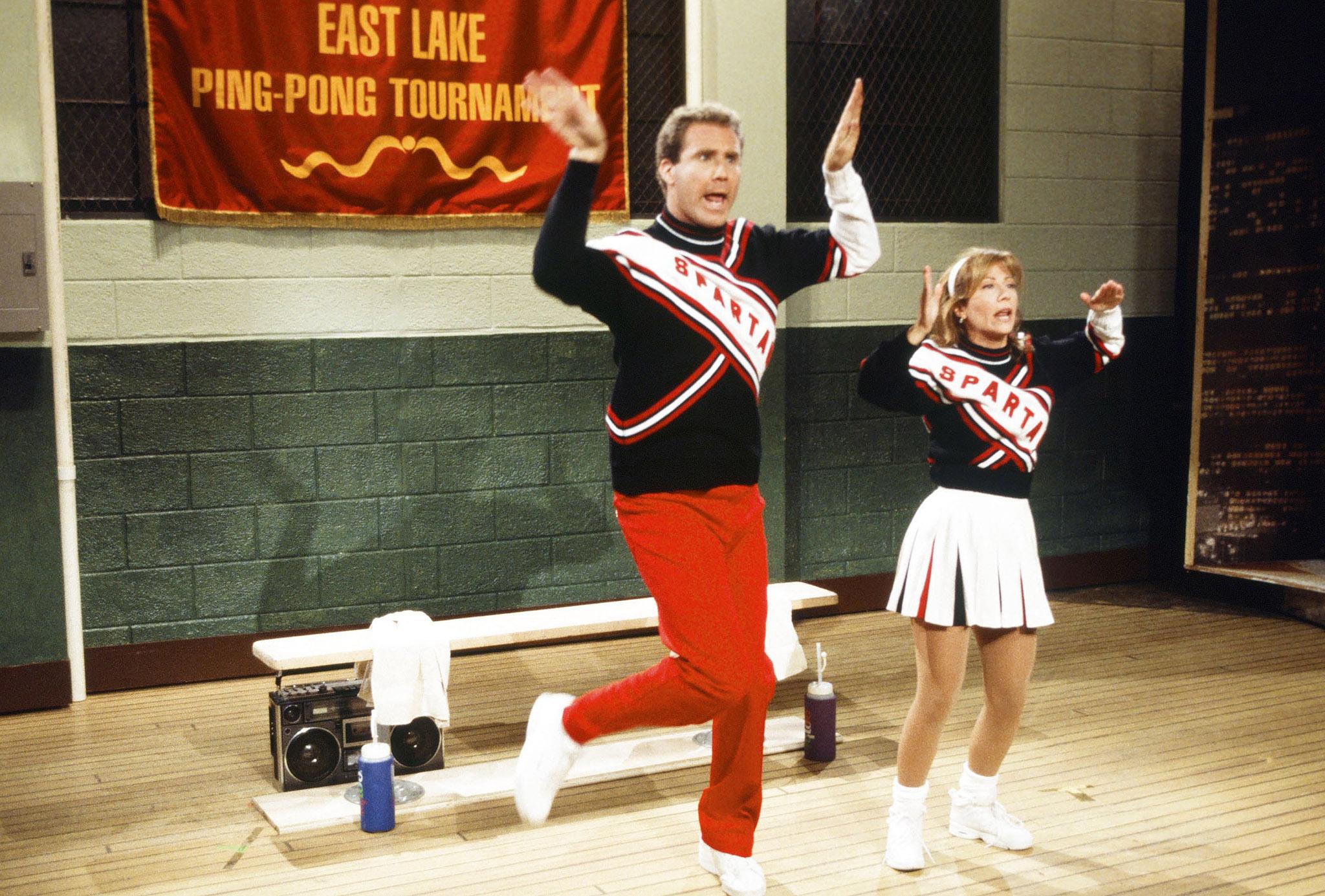 02-snl-cheerleaders.jpg