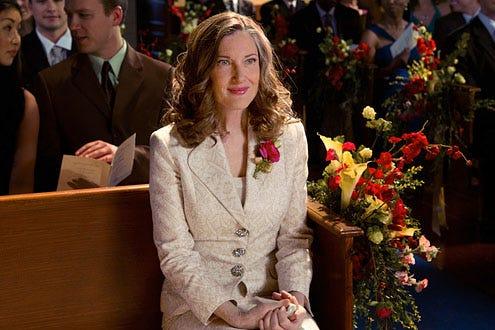 """Smallville - Season 10 - """"Finale"""" - Annette O'Toole as Martha Kent"""