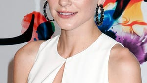 PHOTO: Jaime King Shows Off Why She Wants Her Teenage Breasts for Christmas