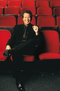Garry Shandling as Artie