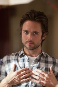 Justin Chatwin as Robbie Ferrier