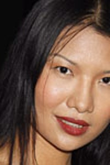 Gwendoline Yeo as Elise Kim