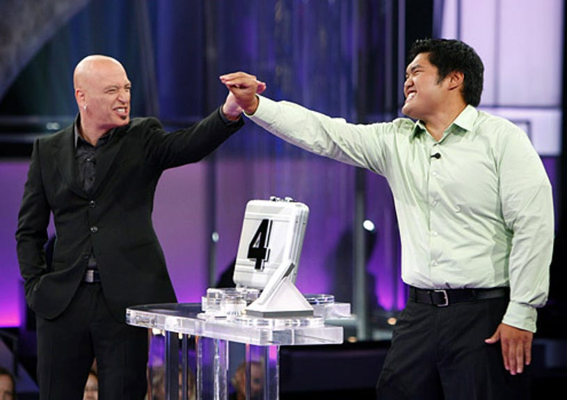 Deal or No Deal - Host Howie Mandel and contestant Chris Trieu