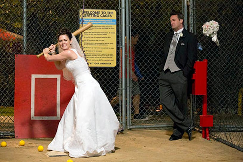 "Go On - Season 1 - ""Urn-ed Run"" - Christine Woods and Matthew Perry"