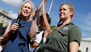 Amy Schumer Was Detained by Police at a Brett Kavanaugh Protest