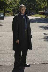 Robert Forster as Gregory Lind