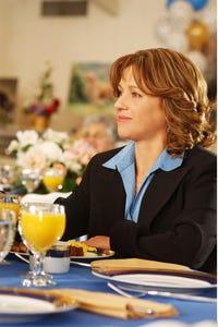 Michele Greene as Illana Manning