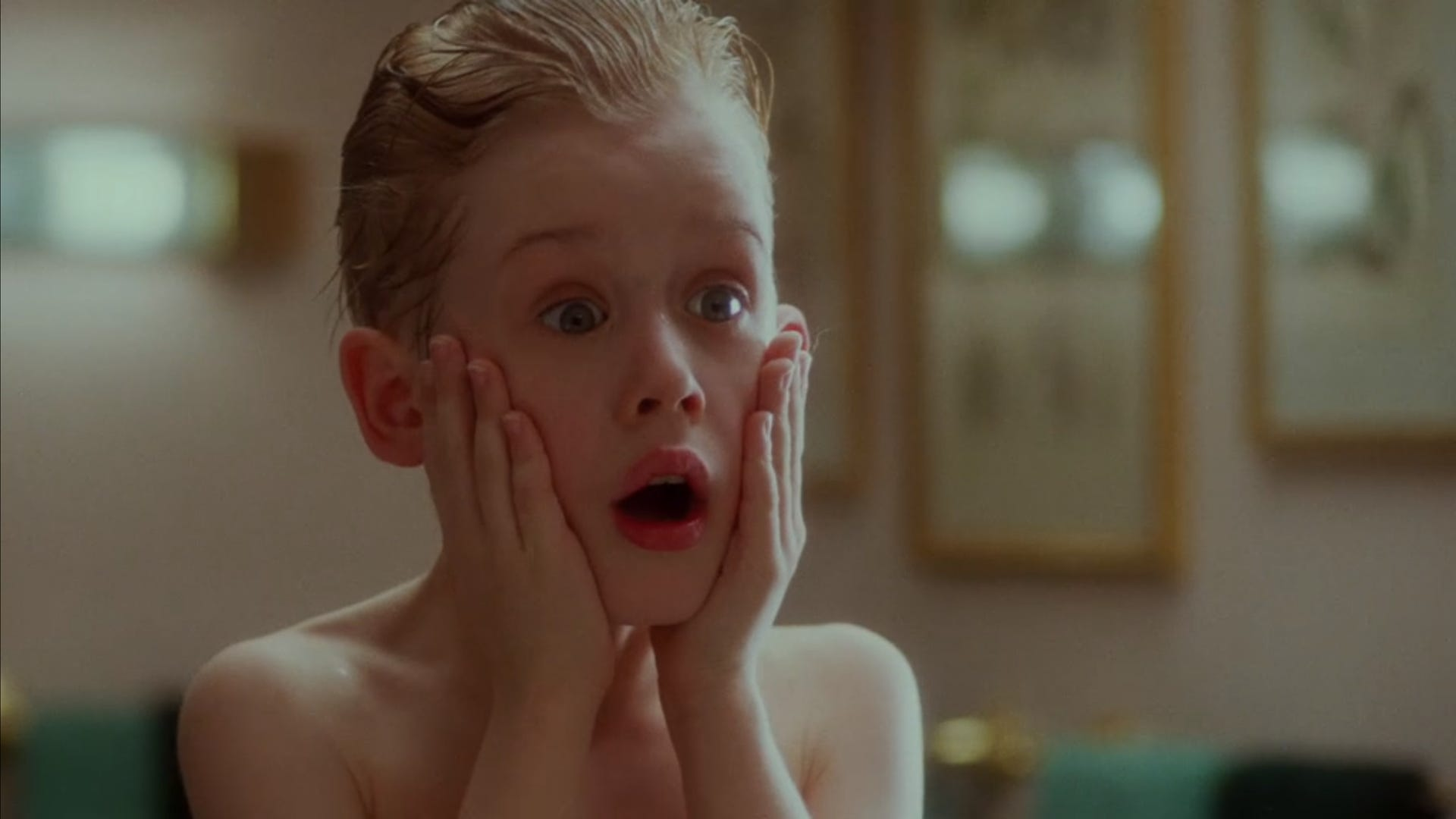 holiday-movie-home-alone.png