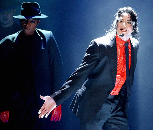 Michael Jackson - performance for American Bandstand's 50th Anniversary, Pasadena, April 20, 2002