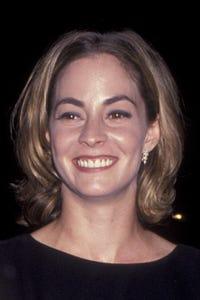 Lisanne Falk as Marty's Wife