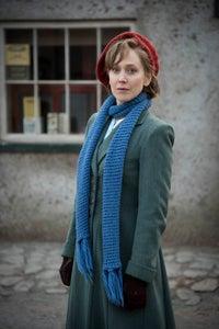 Hattie Morahan as Elaine Fortescue