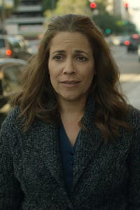 Andrea Grano as Pub Waitress