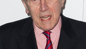 Veteran Broadcaster David Frost Dies at 74