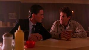 Twin Peaks, Season 1 Episode 2 image