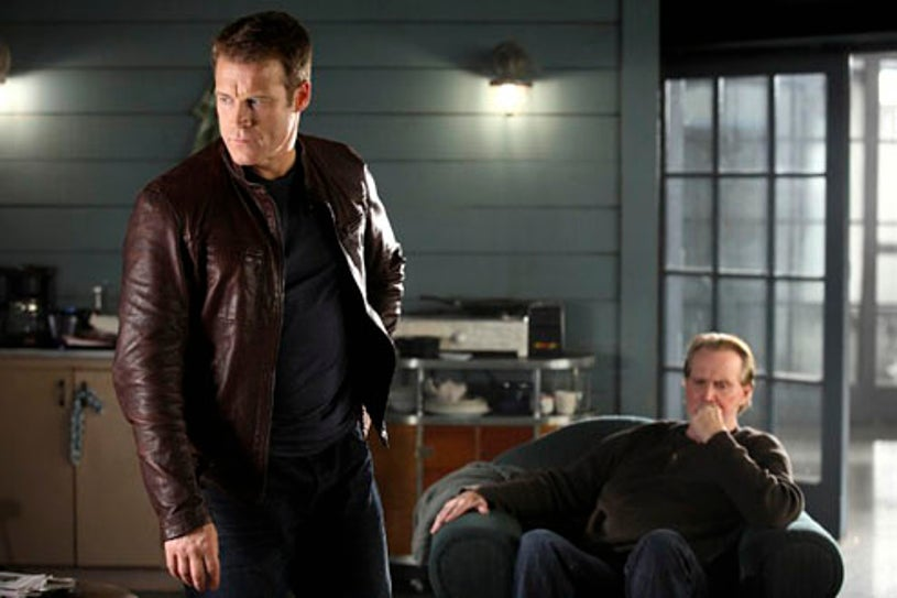 """Human Target - Season 1 - """"Christopher Chance"""" - Mark Valley and guest star Lee Majors"""