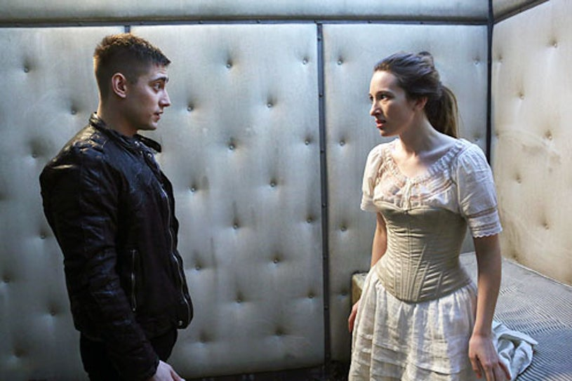 Once Upon a Time in Wonderland - Season 1 - Michael Socha and Sophie Lowe