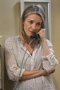Ever Carradine as Nina Bloom