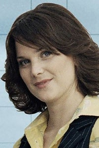 Liz White as Jennifer Fortescue