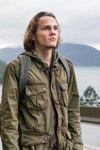 Alex Neustaedter as Jimmy