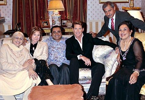 The Kumars at No. 42 - Meera Syal, Zoe Wanamaker, Sanjeev Bhaskar, David Hasselhoff, Vincent Ebrahim and Indira Joshi