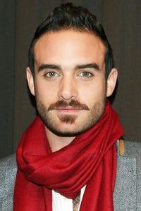 Joshua Sasse as Alec Laszlo