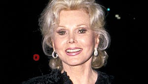 Zsa Zsa Gabor Slips Into Coma; Suffering From Stomach Infection