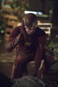 The Flash, Season 2 Episode 2 image