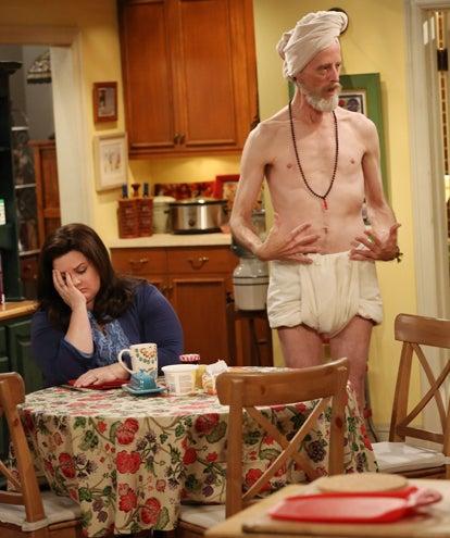 "Mike & Molly - Season 3 - ""Molly's Birthday"" - Melissa McCarthy, David ""Gruber"" Allen"