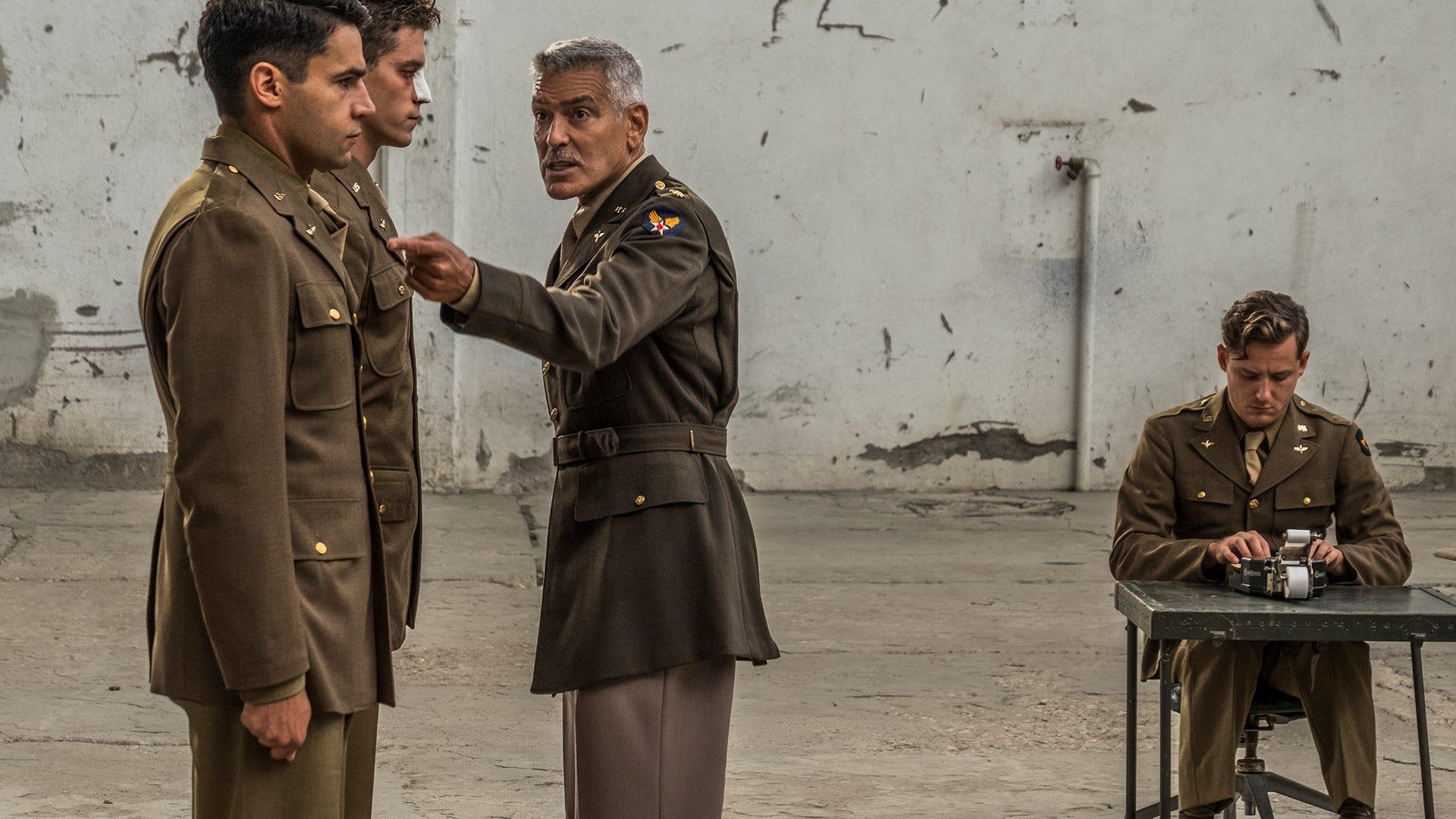 Christopher Abbott, Pico Alexander, George Clooney, Lewis Pullman, Catch 22