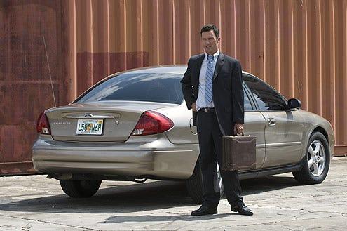 "Burn Notice - Season 3 - ""Friends and Family"" - Jeffrey Donovan as Michael Westen"
