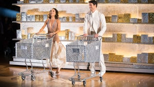 Dancing with the Stars: Poor Grocery Store Joe Has Loaves of Bread for Feet