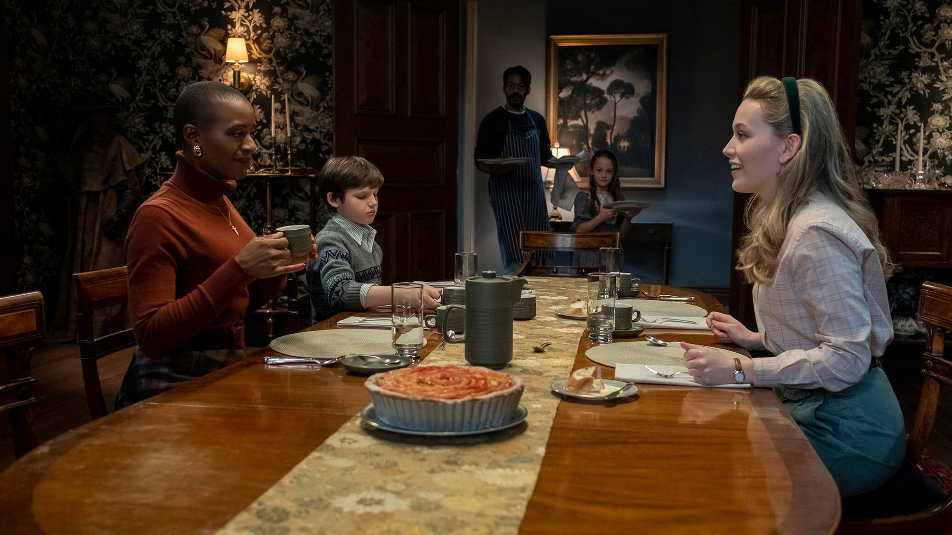 T'Nia Miller, Benjamin Ainsworth, Rahul Kohli, Amelie Smith, and Victoria Pedretti; The Haunting of Bly Manor