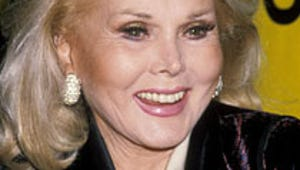 Zsa Zsa Gabor Unconscious, Rushed to Hospital
