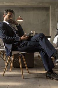 Noah Mills as Robbie