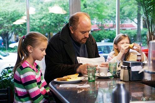 "Louie - Season 3 - ""Daddy's Girlfriend"" - Hadley Delaney, Louis C.K. and Ursula Parker"