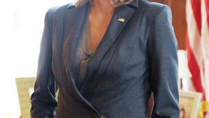 CBS' New Political Drama Madam Secretary Calls Téa Leoni Back Into Action