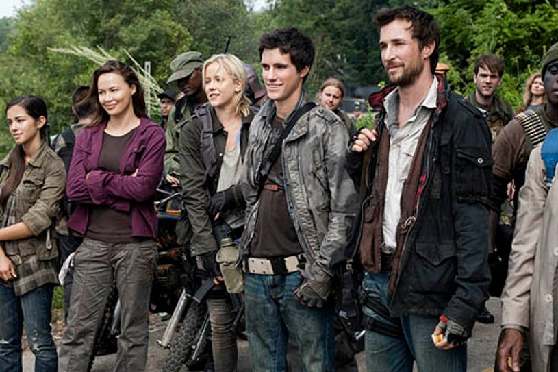 """Falling Skies - Season 1 - """"Live and Learn"""" - Moon Bloodgood, Jessy Schram, Drew Roy and Noah Wyle"""