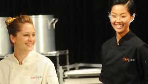 VIDEO: Top Chef's Brooke and Kristen Mix It Up with Cocktails