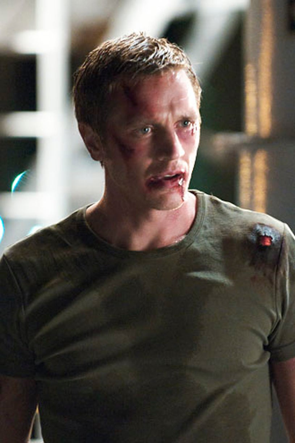 """Nikita - Season 1 - """"The Guardian"""" - Devon Sawa as Owen"""