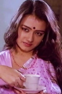 Amala Akkineni as Amma