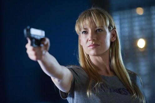 "Fringe - Season 3 - ""Entrada"" - Anna Torv"