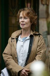 Clare Holman as Molly Kerr