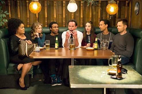 "Community - Season 5 - ""Cooperative Polygraphy"" - Yvette Nicole Brown, Gillian Jacobs. Donald Glover, Walton Goggins, Alison Brie, Danny Pudi and Joel McHale"