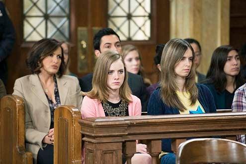"Law & Order: Special Victims Unit - Season 15 - ""Comic Perversion"" - Mariska Hargitay, Laura Slade Wiggins and Danny Pino"