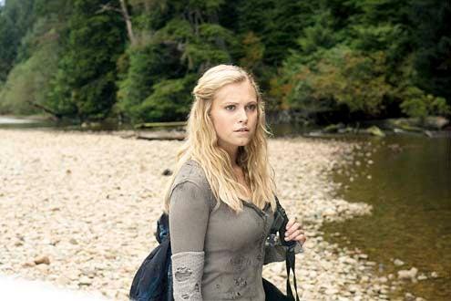 "The 100 - Season 1 -""Earth Kills"" - Eliza Taylor"