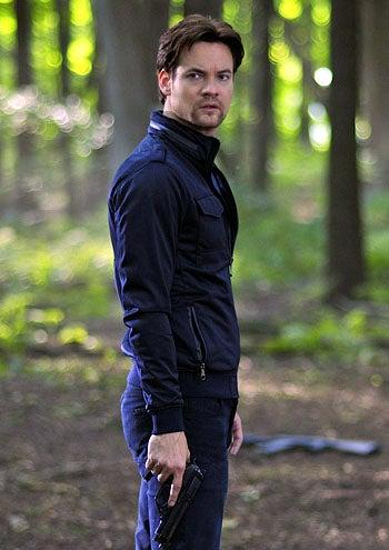 "Nikita - Season 2 - ""Partners"" - Shane West as Michael"