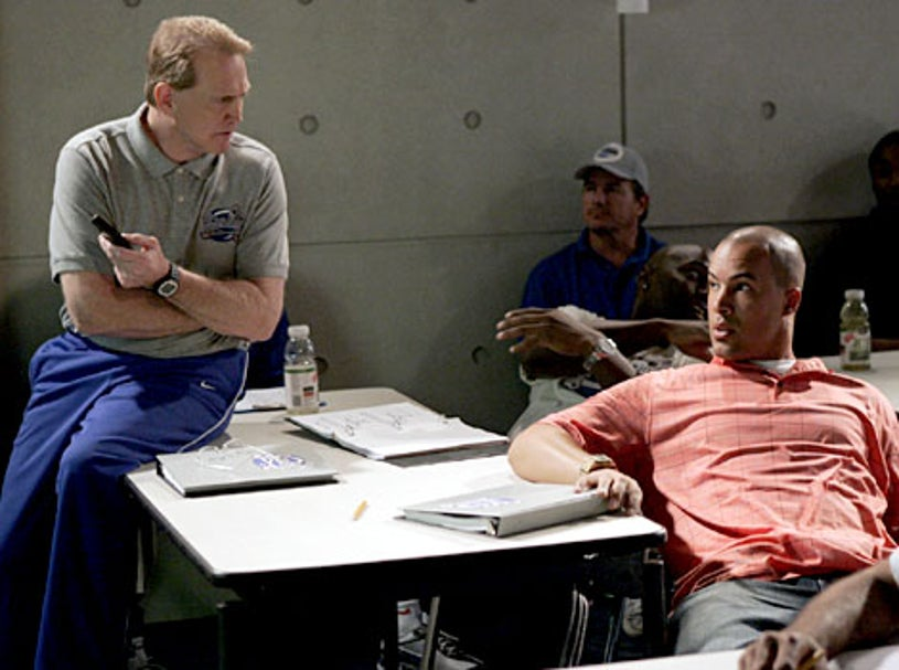 """The Game - Season 2, """"Hit Me with Your Best Show"""" - Lee Majors as Coach Ross, Coby Bell as Jason"""